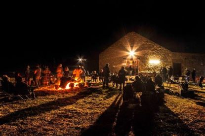 What a wonderful night - warm fire, great food and lots of live entertainment at the Mallee Mob get together at Jaensch's Shearing Shed, Tailem Bend, Saturday, October 25.